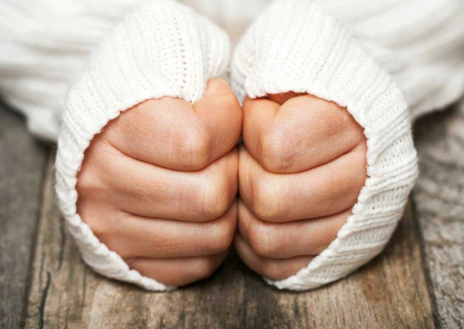Почему мерзнут руки и ноги